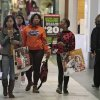 Photo - Shoppers at Quail Springs Mall on Black Friday, November 29, 2013. Photo by David McDaniel