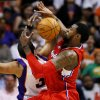 Photo -   Los Angeles Clippers' DeAndre Jordan, right, pulls the rebound away from Phoenix Suns' Jared Dudley during the first half of an NBA basketball game, Thursday, April 19, 2012, in Phoenix. (AP Photo/Matt York)