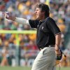 Texas Tech coach Mike Leach reacts to a call by the officals in the a first half of a college football game agianst Baylor, Saturday, Nov. 3, 2008, in Waco, Texas, Texas Tech beat Baylor 38-7. (AP Photo, Waco Tribune Herald, Jerry Larson) ORG XMIT: TXWAC104