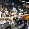 Oklahoma City\'s Kevin Durant slaps hands with fans after the open practice for the Oklahoma City Thunder NBA basketball team at the Ford Center in Oklahoma City, Monday, October 20, 2008. BY NATE BILLINGS, THE OKLAHOMAN