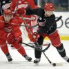 Detroit Red Wings\' Valtteri Filppula, left, tries to get the puck away from Jakub Kind during the NHL hockey team\'s training camp Sunday, Jan. 13, 2013, in Plymouth, Mich. (AP Photo/The Detroit News, David Guralnick) DETROIT FREE PRESS OUT HUFFINGTON POST OUT MAGS OUT