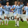 Photo -   Spain's Malaga player Eliseu, 2nd right, celebrates with teammates after scoring against RSC Anderlecht during the Group C Champions League soccer match, in Brussels, Wednesday, Oct. 3, 2012. (AP Photo/Geert Vanden Wijngaert)