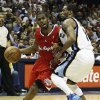 Los Angeles Clippers\' Chris Paul, (3) left, moves against Memphis Grizzlies\' Mike Conley during the first half of Game 3 in a first-round NBA basketball playoff series, in Memphis, Tenn., Thursday, April 25, 2013. (AP Photo/Danny Johnston)