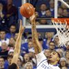 Kentucky\'s Willie Cauley-Stein, right, blocks the shot of Baylor\'s Isaiah Austin during the first half of an NCAA college basketball game at Rupp Arena in Lexington, Ky., Saturday, Dec. 1, 2012. (AP Photo/James Crisp)