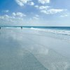 Siesta Beach in Sarasota, Fla., was the runner up to Hanalei Bay as the nation\'s top beach for 2009 in