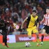 Atletico de Madrid\'s Diego Costa of Brazil, center, goes past goalkeeper Iago Herrerin to score his goal during their Spanish Copa del Rey round-8 second leg soccer match against Athletic Bilbao, at San Mames stadium, in Bilbao, northern Spain, Wednesday, Jan. 29, 2014. (AP Photo/Alvaro Barrientos)
