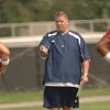 Photo - COLLEGE FOOTBALL: University of Notre Dame football coach Charlie Weis gives instructions to his quarterbacks during the first day practice for the 2007 season Monday, Aug. 6, 2007 in South Bend, Ind. (AP Photo/Joe Raymond) ORG XMIT: INJR105