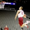 UNIVERSITY OF OKLAHOMA / COLLEGE BASKETBALL / DUNK: OU\'s Blake Griffin dunks the ball during practice before the first round of the men\'s NCAA tournament in Kansas City, Mo., Wednesday, March 18, 2009. Oklahoma will play Morgan State on Thursday, March 19, 2009. PHOTO BY BRYAN TERRY, THE OKLAHOMAN ORG XMIT: KOD