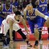 Photo -   New York Knicks' Jason Kidd, right, keeps the ball away from Houston Rockets' Jeremy Lin in the first half of an NBA basketball game, Friday, Nov. 23, 2012, in Houston. (AP Photo/Pat Sullivan)