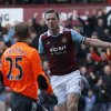 Photo - West Ham United's Kevin Nolan, right, celebrates his goal against Swansea City during their English Premier League soccer match at Upton Park, London, Saturday, Feb. 1, 2014. (AP Photo/Sang Tan)
