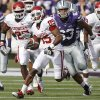 Oklahoma Sooners\' Ryan Broyles (85) runs the ball up field past Kansas State Wildcats\' Blake Slaughter (53) during the college football game between the University of Oklahoma Sooners (OU) and the Kansas State University Wildcats (KSU) at Bill Snyder Family Stadium on Saturday, Oct. 29, 2011. in Manhattan, Kan. Photo by Chris Landsberger, The Oklahoman ORG XMIT: KOD
