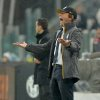 Photo - Juventus coach Antonio Conte shouts during a Serie A soccer match between Juventus and Bologna at the Juventus stadium, in Turin, Italy, Saturday, April 19, 2014. (AP Photo/Massimo Pinca)