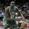Boston Celtics\' Kendrick Perkins (43) has the ball knocked away by Houston Rockets\' Ron Artest during the first half of an NBA basketball game Tuesday, Nov. 4, 2008, in Houston. (AP Photo/Pat Sullivan) ORG XMIT: HTR104