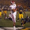 Oklahoma\'s James Hanna (82) catches the ball for a touchdown during the second half of the college football game between the University of Oklahoma Sooners (OU) and the University of Missouri Tigers (MU) on Saturday, Oct. 23, 2010, in Columbia, Mo. Oklahoma lost the game 36-27. Photo by Chris Landsberger, The Oklahoman