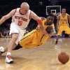 Photo - New York Knicks' Jason Kidd (5) and Indiana Pacers' Roy Hibbert dive for a loose ball in the first half of Game 2 of their NBA basketball playoff series in the Eastern Conference semifinals at Madison Square Garden in New York, Tuesday, May 7, 2013. (AP Photo/Mary Altaffer)