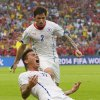 Photo - Chile's Eduardo Vargas celebrates after scoring the opening goal during the group B World Cup soccer match between Spain and Chile at the Maracana Stadium in Rio de Janeiro, Brazil, Wednesday, June 18, 2014.    (AP Photo/Manu Fernandez)