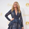 Photo - Julia Roberts arrives at the 66th Annual Primetime Emmy Awards at the Nokia Theatre L.A. Live on Monday, Aug. 25, 2014, in Los Angeles. (Photo by Richard Shotwell/Invision/AP)