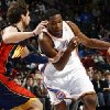 Oklahoma City\'s Kevin Durant drives the ball past Marco Belinelli of Golden State in the second half during the NBA basketball game between the Golden State Warriors and the Oklahoma City Thunder at the Ford Center in Oklahoma City, Monday, December 8, 2008. Golden State won, 112-102. BY NATE BILLINGS, THE OKLAHOMAN ORG XMIT: KOD