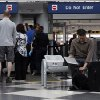 Expecting worst, holiday travelers find fast...