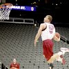 Photo - OU's Blake Griffin dunks the ball during practice in Kansas City, Mo., on Wednesday.   PHOTO BY BRYAN TERRY, THE OKLAHOMAN