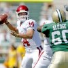 OU\'s Sam Bradford drops back to pass in the second half of the college football game between the University of Oklahoma (OU) and Baylor University at Floyd Casey Stadium in Waco, Texas, Saturday, October 4, 2008. BY BRYAN TERRY, THE OKLAHOMAN ORG XMIT: KOD