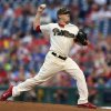 Neris struggles in 8th, Nationals rally past...