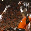 Oklahoma State\'s Dez Bryant (1) catches a 2-point conversion over Oklahoma\'s Travis Lewis (28) during the first half of the college football game between the University of Oklahoma Sooners (OU) and Oklahoma State University Cowboys (OSU) at Boone Pickens Stadium on Saturday, Nov. 29, 2008, in Stillwater, Okla. STAFF PHOTO BY SARAH PHIPPS