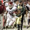 Photo - Oklahoma's James Hanna (82) runs out of bounds after a catch during the college football game between the University of Oklahoma Sooners (OU) and the Baylor Bears (BU) at Floyd Casey Stadium on Saturday, Nov. 19, 2011, in Waco, Texas.   Photo by Steve Sisney, The Oklahoman
