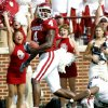 Photo - ** FILE **     OU: University of Oklahoma wide receiver Malcolm Kelly catches a pass for a touchdown in the third quarter against Washington in a college football game Saturday, Sept. 9, 2006, in Norman, Okla. Kelly finished with a career day--six catches for 121 yards and two scores--and it could've been even bigger. (AP Photo/Ty Russell) ORG XMIT: OKSO102