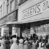 SEGREGATION / CIVIL RIGHTS / DEMONSTRATION / PICKET LINE / EATING PLACES: Staff Photo by Bob Albright. Dated 8/13/1960.