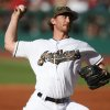 Tomlin\'s streaks end in Indians\' 9-2 loss to...