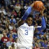 Kentucky\'s Nerlens Noel (3) pulls down a rebound next to Transylvania\'s Ethan Spurlin during the second half of an NCAA college basketball exhibition college at Rupp Arena in Lexington, Ky., Monday, Nov. 5, 2012. Kentucky won 74-28. (AP Photo/James Crisp) ORG XMIT: KYJC108