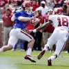 OU / UNIVERSITY OF OKLAHOMA / COLLEGE FOOTBALL: Quarterback Trevor Knight (9) tries to avoid Ahmad Thomas (18) during the annual Spring Football Game at Gaylord Family-Oklahoma Memorial Stadium in Norman, Okla., on Saturday, April 13, 2013. Photo by Steve Sisney, The Oklahoman