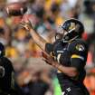 Missouri quarterback James Franklin throws during the first half of an NCAA college football game against Oklahoma State, Saturday, Oct. 22, 2011, in Columbia, Mo. (AP Photo/L.G. Patterson)