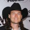 ** FILE ** Blake Shelton arrives at the 2005 CMT Music Awards held at The Gaylord Entertainment Center on April 11, 2005 in Nashville, Tenn. The country music singer will host a fundraiser for victims of drought and a string of wildfires that have plagued Oklahoma since November. (AP Photo/Tammie Arroyo)