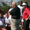 BCS NATIONAL CHAMPIONSHIP GAME / BOWL GAME / BOWL CHAMPIONSHIP SERIES: Bill Parcells, center, Miami Dolphins executive vice president of football operations, gives a pep talk to University of Oklahoma players as head coach Bob Stoops, right, looks on during football practice Barry University in Miami, Saturday Jan. 3, 2009. OU plays Florida in the BCS Championship NCAA college football game on Thursday, Jan. 8. (AP Photo/Jeffrey M. Boan) ORG XMIT: FLJB102