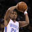 OKLAHOMA CITY THUNDER / MIAMI HEAT / NBA BASKETBALL: Earl Watson during the Thunder - Miami game January 18, 2009 in Oklahoma City.    BY HUGH SCOTT, THE OKLAHOMAN ORG XMIT: KOD
