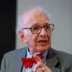 "Eric Kandel, a professor at Columbia University, explains the physiological basis of memory during the session ""In Search of Memory"" in January 2013 at the Annual Meeting 2013 of the World Economic Forum in Davos, Switzerland.  PHOTO PROVIDED"