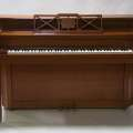 Lady Gaga\'s childhood piano doesn\'t sell at...