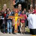Students share faith as they mark Jesus' journey