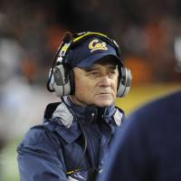 Photo -   California's head coach Jeff Tedford watches his team against Oregon State during the first half of an NCAA college football game in Corvallis, Ore., Saturday Nov.,17, 2012. (AP Photo/Greg Wahl-Stephens)