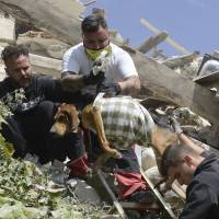 Deadly earthquake in Italy reduces 3 towns to rubble