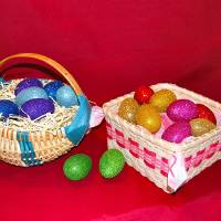 Photo - Easter baskets can take any shape, including a melon basket with a rounded bottom, or a square handkerchief basket.  Photo by Annette Price, for The Oklahoman.