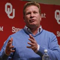 Photo - OU defensive coordinator Mike Stoops.  Photo by Steve Sisney, The Oklahoman