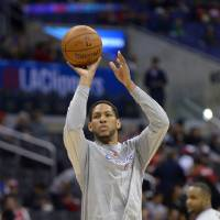 Photo - Los Angeles Clippers forward Danny Granger warms up prior to an NBA basketball game against the New Orleans Pelicans, Saturday, March 1, 2014, in Los Angeles. (AP Photo/Mark J. Terrill)