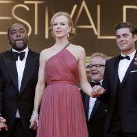 Photo -   From left, actors Matthew McConaughey, director Lee Daniels, actors Nicole Kidman, Zac Efron and David Oyelowo arrive for the screening of The Paperboy at the 65th international film festival, in Cannes, southern France, Thursday, May 24, 2012. (AP Photo/Francois Mori)