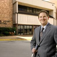 Photo - Chad Aduddell, president of the Bone and Joint Hospital, 1111 N Dewey in Oklahoma City on  Tuesday, Aug. 12, 2008.   BY JIM BECKEL, THE OKLAHOMAN ORG XMIT: KOD