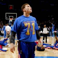 Photo - L.A. CLIPPERS: Los Angeles' Blake Griffin (32) looks up before the NBA basketball game between the Oklahoma City Thunder and the Los Angeles Clippers at the Oklahoma CIty Arena, Tuesday, Feb. 22, 2011.  Photo by Bryan Terry, The Oklahoman ORG XMIT: KOD