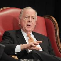 Photo - T. Boone Pickens speaking during a session titled