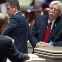 Alabama House narrowly approves governor\'s proposed lottery